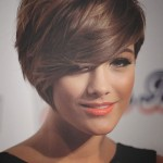 Pretty and Easy Hairstyles for Short Bob Hair