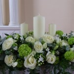 Flower Arrangements for Christmas Pictures