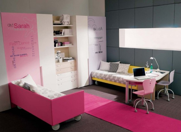 Girls Room Decorating Ideas in Pink Color