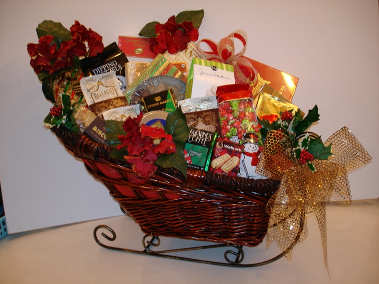 Cool Christmas Basket Gift Ideas