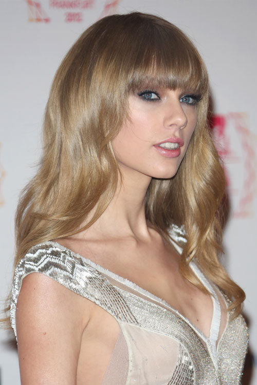 Taylor Swift Ash Blonde Hair Color