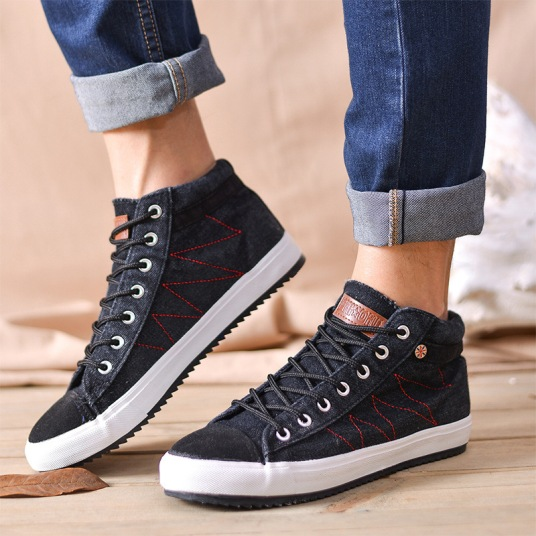 Best Mens Casual Shoes and Jeans