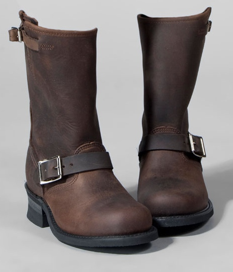 Frye Womens Engineer 12R Boots