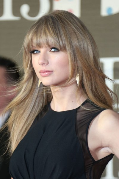 Taylor Swift New Haircuts Bangs