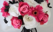 How to Make Silk Flower Arrangements for Weddings