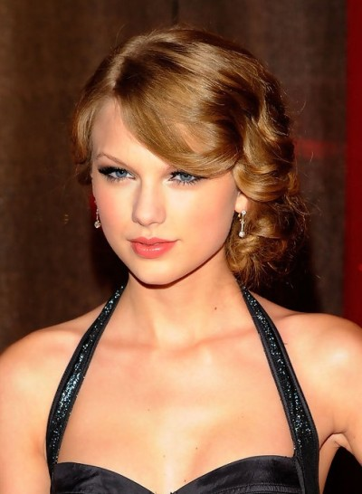 Taylor's Retro Ponytail Hairstyles