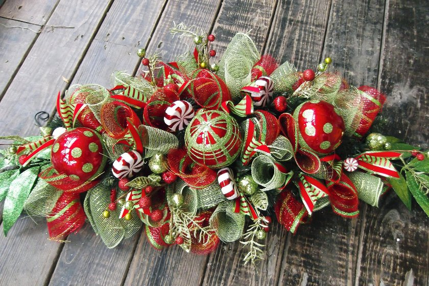 Marvelous Decorating Ideas Deco Mesh Christmas Centerpiece