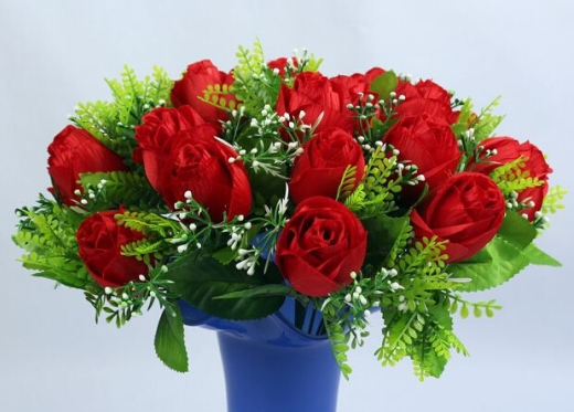 Red Rose Artificial Floral Beautification in Tall Vase