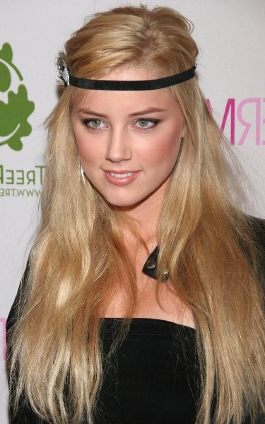 Amber Heard in Top 10 Best Haircuts for Long Necks
