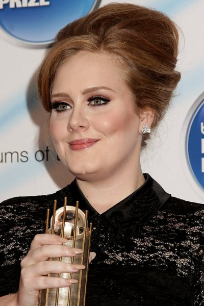 Adele's Best Haircut for Long Necks and Round Faces