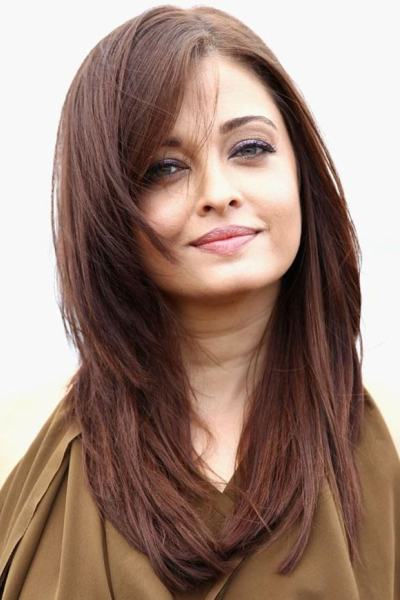Aishwarya Rai Shows her Best Haircut for Long Necks and Round Faces