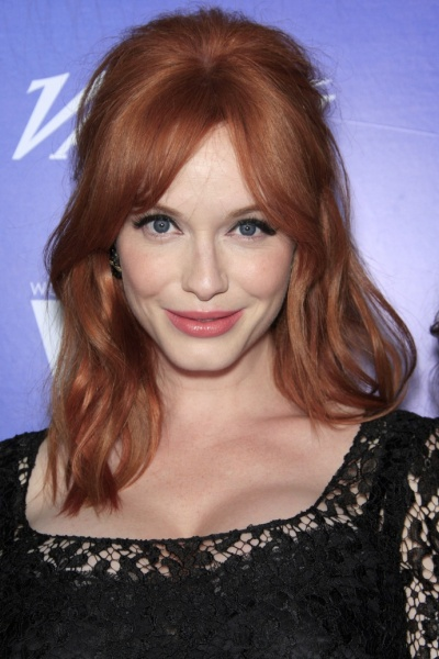 Christina Hendricks Shows Round Face Long Neck Hairstyles
