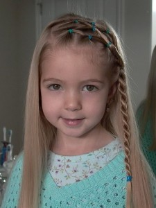 Top 10 Cute Little Girl Hairstyles for Christmas 2016