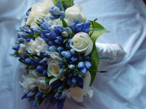 Best Colored Weddings Flowers with Silk Roses