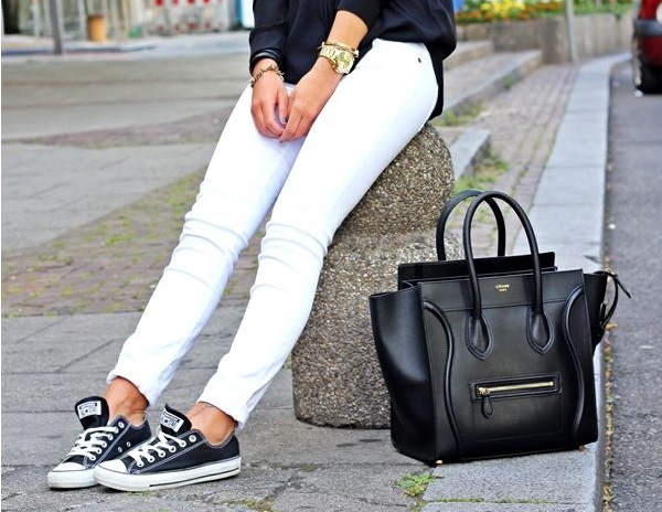 How to Wear Casual Shoes with Jeans