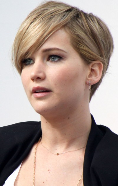 Jennifer Lawrence's Best Haircut for Long Necks and Round Faces