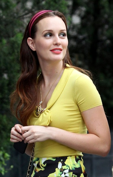 Leighton Meester Long Hairstyles Wavy Haircut