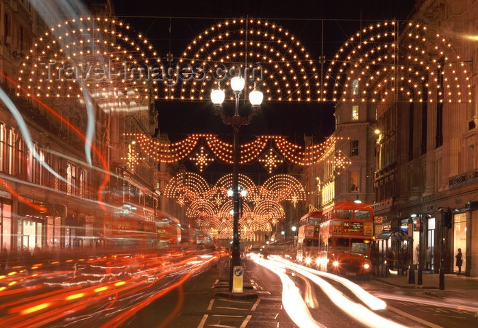 Top 10 Christmas Shopping Destinations in the World