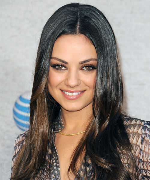 Mila Kunis's Best Haircut for Long Necks and Round Faces