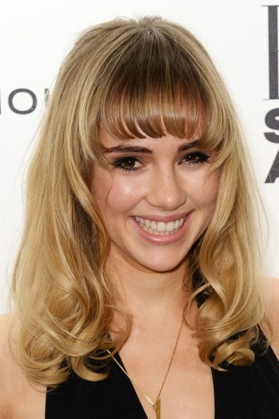 Suki Waterhouse Blonde Hair with Bangs