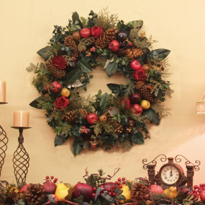 Elegant Christmas Artificial Wreath with Fruit and Greenery