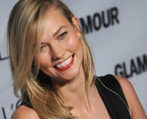 American Model Karlie Kloss Hairstyles 2017