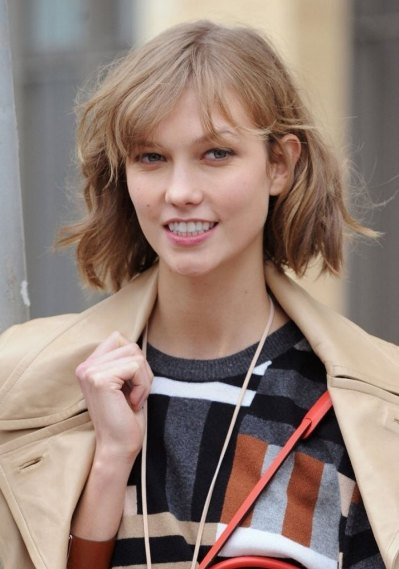 Karlie Kloss Long Bob Hairstyle
