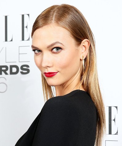 Karlie Kloss's Back Do Beautiful Straight Hair