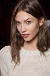 Karlie Kloss's Beautiful Kissable Haircut