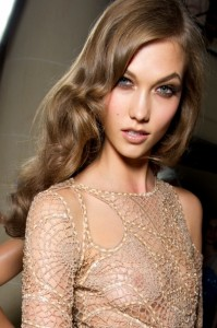 Karlie Kloss's Sexy Wavy Haircut